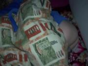 Отец трахает спящую дочь в ее кровати