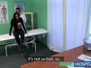 Доктор трахнул пациентку и снял скрытой камерой