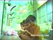 Скрытая камера в бане азиаток