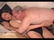 Русское порно дед ебет внучку