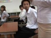 Ебут учительницу азиатку