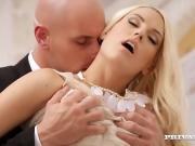 Трахнул шикарную блонду после свидания